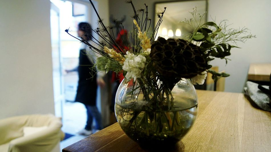 Vase Table Flower Flower Arrangement кофейня Санкт-Петербург цветы букет ваза уют атмосфера