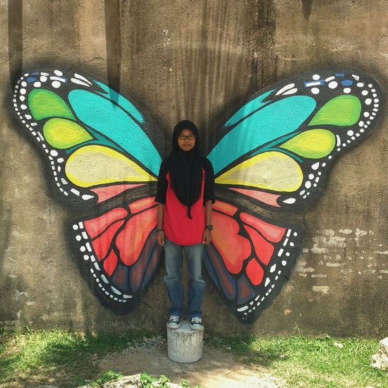 Butterfly in me. EyeEmMalaysia Eye4photography  Eyeemphotography Streetphotography Street Art Butterfly Wall Art Art, Drawing, Creativity Mural Kampung Cina