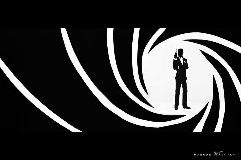 PaperCut - Focus - Photo of a self made Papercut Black And White James Bond Silhouette Focus On Foreground Man Made Object Movıe Paperart Papercut Scherenschnitt