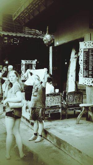 Visitors Tourists Bophut Fridays Samui_thailand