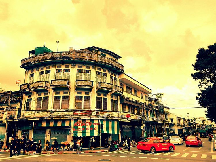 Building Commercial Building Old Building  Old Building  Built Structure Old Building  Architecture Building Exterior Building Collection Building Colors Building Photography View Landscape Building View Building Landscape Perspective Perspective View In Town People Texi Vintage Vintage View Vintage Landscape Vintage Photography