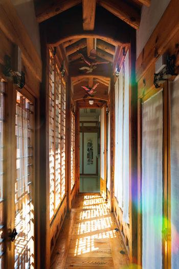 Traditional korean hallway of a korean palace in seoul, south korea