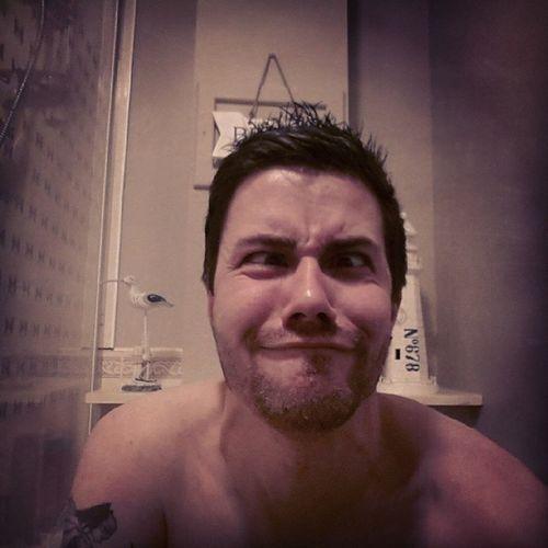 "Just your standard ""Squeezin' Out A Baby"" selfie haha :D Selfie Bathroomselfie Scottish ScottishGuy GuysWithInk Guyswithtattoos Batman Batmantattoo BatmanInk Inkedguys BeardsAndTats Beard ItsABiggy ShexFace Shexual"