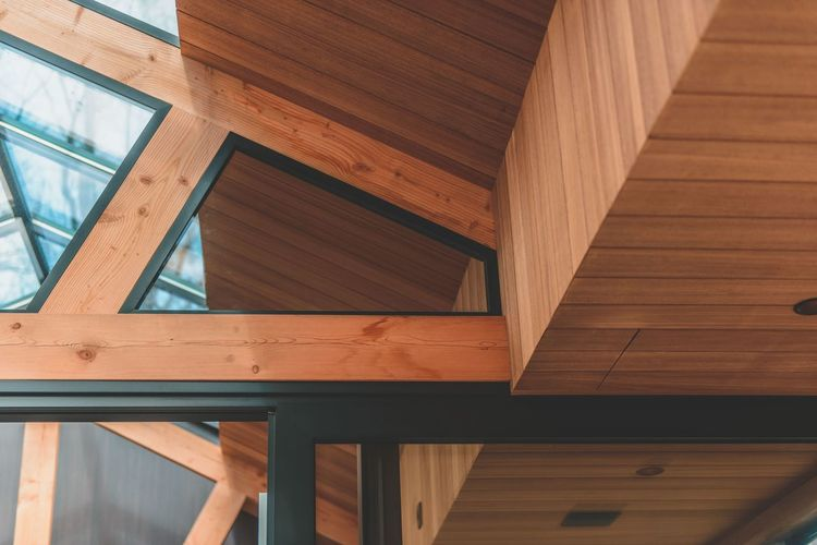 Wood - Material Architecture Built Structure Indoors  Home Interior Low Angle View Home Improvement No People Day Home Showcase Interior Modern Close-up Wooden Texture Wooden Structure The Architect - 2017 EyeEm Awards