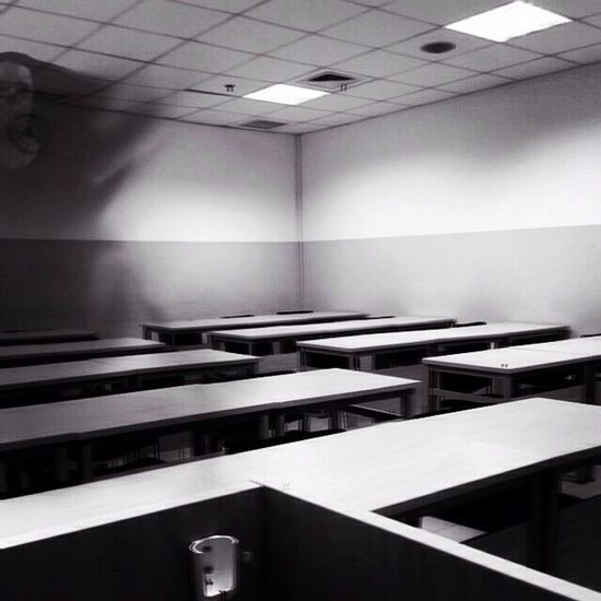 Room.... spectralphoto Classroom Apparitions No People Room Ghost