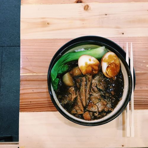 Yo Panda Foodie JUNKFOOD Food Foodie Foodporn Explore Ready-to-eat Indulgence Chopsticks Table Healthy Eating Serving Size Asian Food Bowl