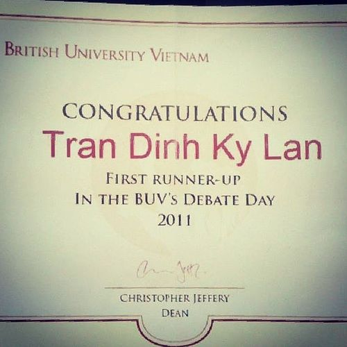 Got to teach a student who studies at B.U.V . Kinda reminded me of the last time I was there :) Runnerup BritishUniversityVietnam Showoff