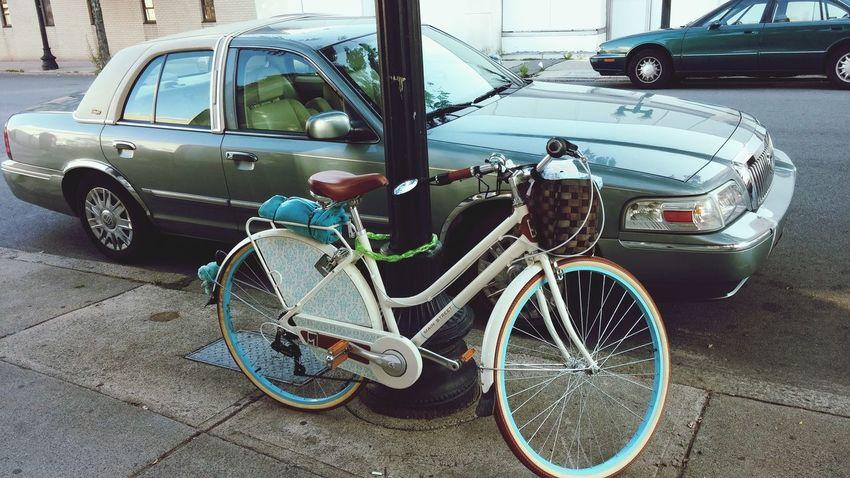 LYNN Bici Bicicleta On The Move Streetphotography Old Bike