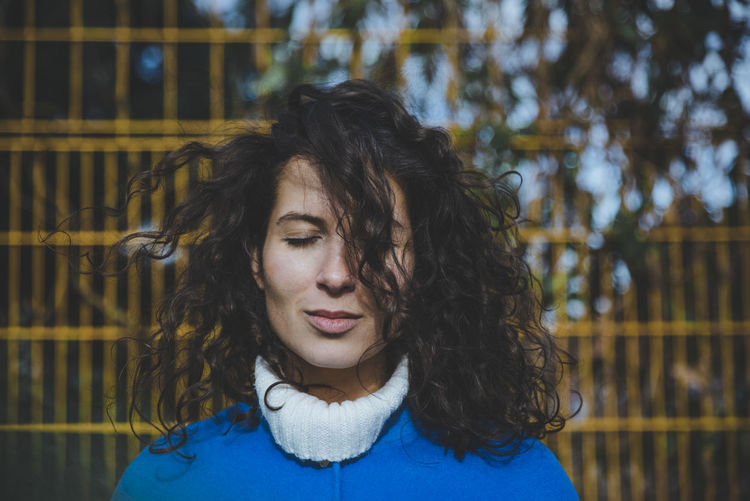 I really like the expression on Helens face in this picture. International Women's Day 2019 Woman Portrait One Person Headshot Hair Young Women Lifestyles Young Adult Real People Hairstyle Fence Boundary Smiling Women Beautiful Woman Outdoors Curly Hair Face The Portraitist - 2019 EyeEm Awards