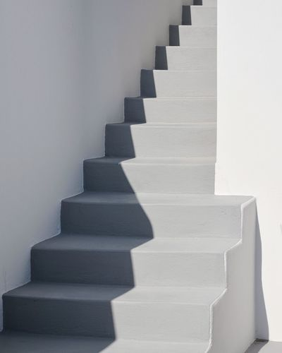 Minimal Minimalist Architecture Steps And Staircases In A Row Staircase Steps No People Close-up White White Color Shadow Shadows & Lights Shadows TheWeekOnEyeEM TheWeek On EyEem The Week Of Eyeem EyeEm Best Shots Eye4photography  EyeEm Gallery Santorini Minimalism Architecture Minimalist Simplicity Arch The Week On EyeEm Mix Yourself A Good Time Go Higher The Architect - 2018 EyeEm Awards Capture Tomorrow 17.62°