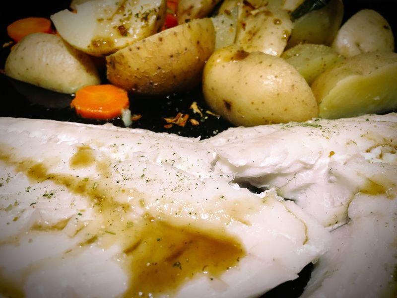 Potato Fish Foodphotography My World Of Food Food Porn Foodporn Food Potatoes Carrots Hospital Food