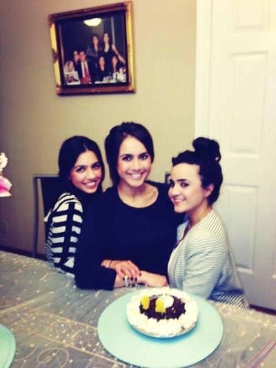 Happy birthday Soraia!