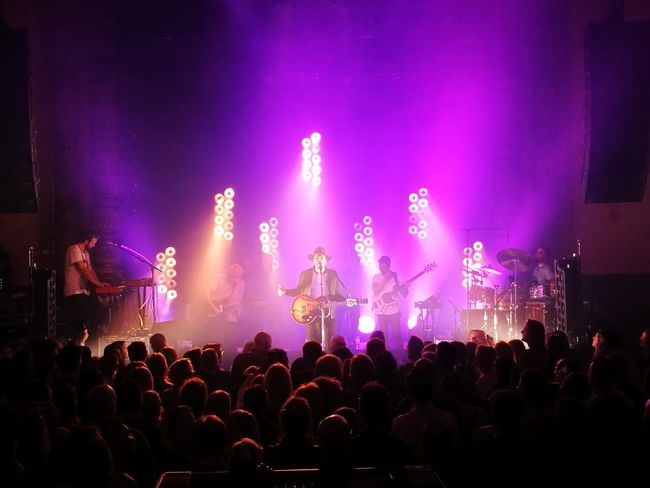 #alainclark @alainclark @luxorlive Alainclark Luxorlive Music Arts Culture And Entertainment Popular Music Concert Performance Crowd Stage - Performance Space Audience