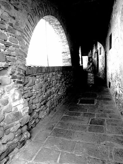 Arch Architecture Indoors  Tunnel Day Villa Garzoni Fotointoscana Rural Scene Let's Go. Together. Happy Time People Bnw_shot