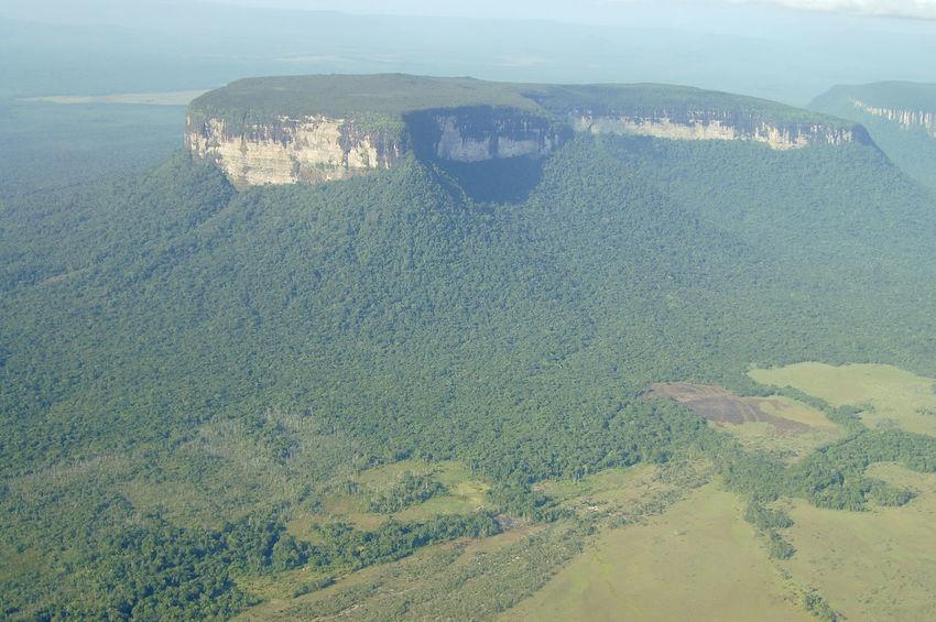 Canaima National Park Canaima National Park Venezuela Landscape Nature Tepuy