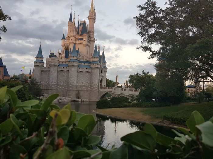May,2018 - Magic Kingdom Travel Lovethisplace Orlando Florida Greenflowers Once Upon A Time Beauty Famous Place