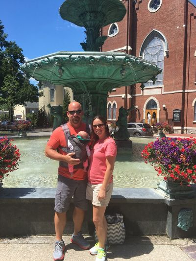 Family picture Togetherness Love Lifestyles Smiling Waterfountain Madison Indiana Indiana Madison Outdoors July I LOVE PHOTOGRAPHY Architecture