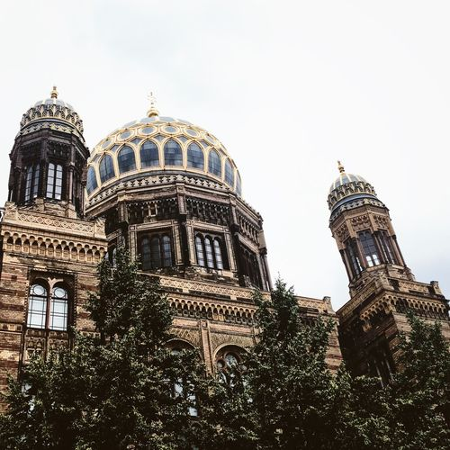 Architecture Berlin City Historical Building Ancient Architecture Artchitecture Building Exterior Built Structure Dome History Low Angle View Place Of Worship Religion Spirituality Synagogue Towers Travel Destinations Tree Warm Light White Sky