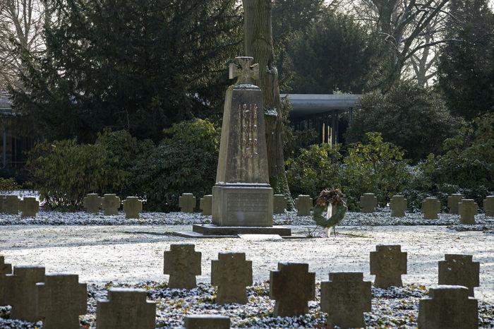 Kriegsgräber Cemetery German Military Resting Place Soldiers War Worldwar Ww1 WWII