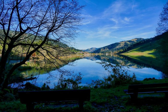 Beauty In Nature Lake Mountain Nature Outdoors Reflection Scenics Sky Tranquility Tree
