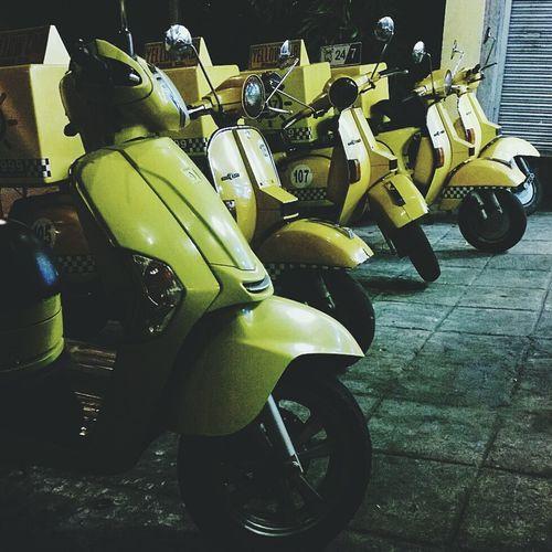 Yellow Yellowcab Mobilephotography Mobilephotographyph 1520 Nokia1520 Lumia1520
