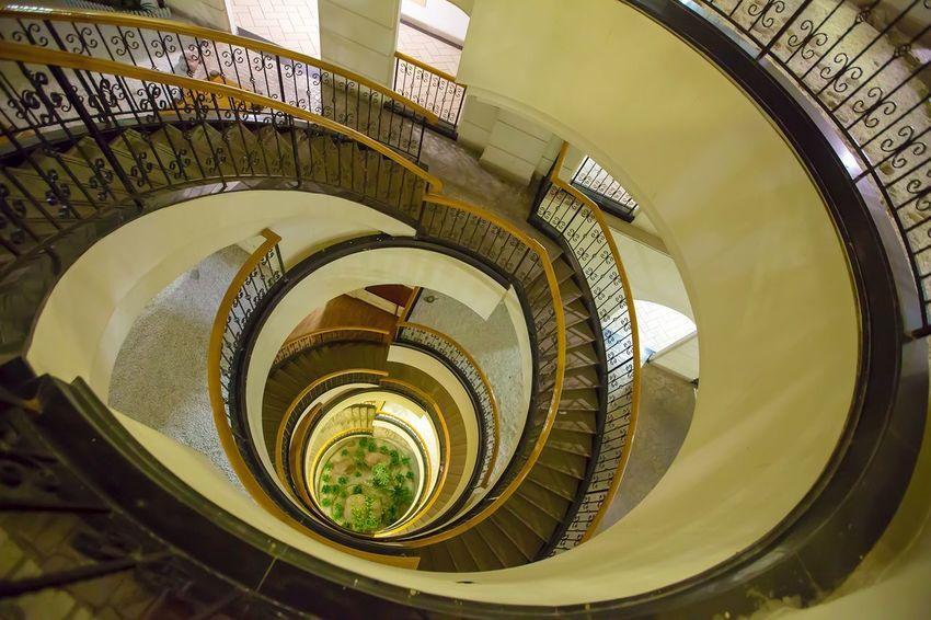 好心情(1) Spiral Staircase Steps And Staircases Steps Railing Spiral Stairs Architecture High Angle View Built Structure No People Hand Rail Spiral Staircase In A Row Stairs Design Indoors