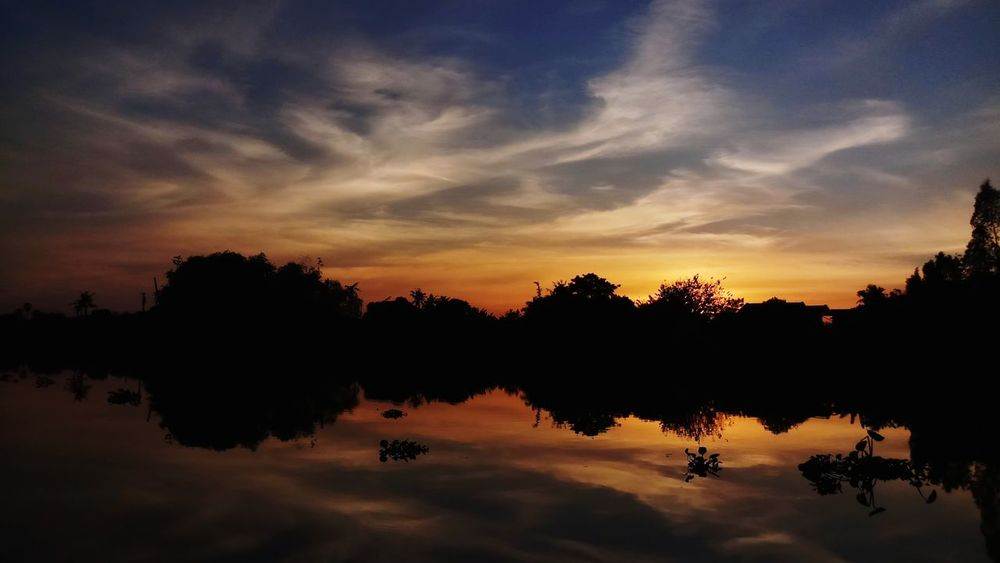 River Mirror Sometimes You Forget Who You Are Somewhere I Remember Ilovethisplace Reflection Tree Sunset Silhouette Cloud - Sky