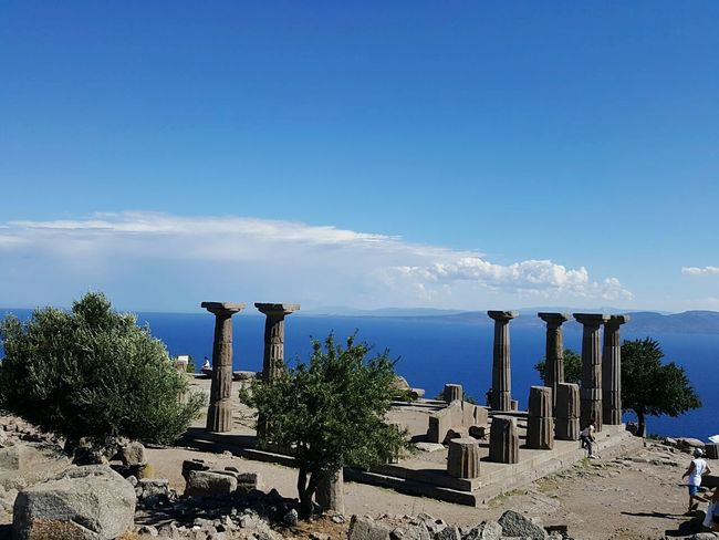 Historical Monuments Historical Place Columns Assos Çanakkale-Turkiye Panoramic Views Taking Photos Wide View Landscape