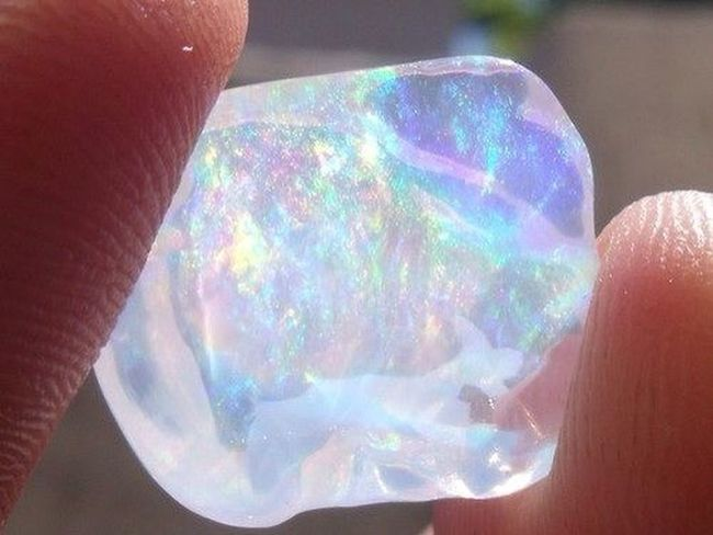 Diamonds are a girls best friend?? Diamonds Opals Beautiful WOW