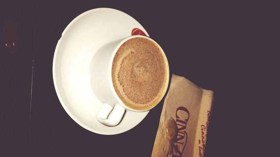 مين مثلي يحب القهوة الفرنسية ب البندق☕
