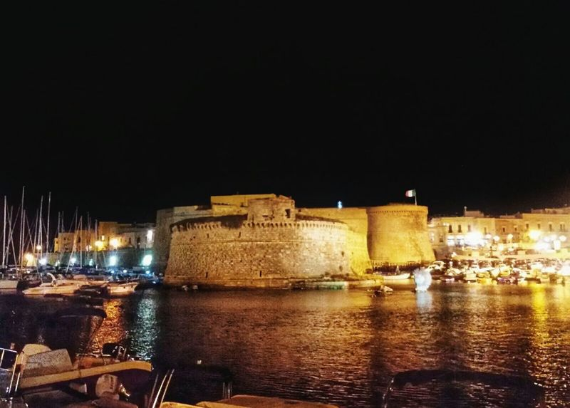 Castello Angioino Aragonese. Porto di Gallipoli. Gallipoli Old Port Castle Angioino Aragonese Old Building  Old Town Hystorical Buildings Illuminated Night Architecture Built Structure Building Exterior Water Fort History Reflection No People Outdoors Night City Android Photography Smartphone Photography F1 Filter Puglia Italy