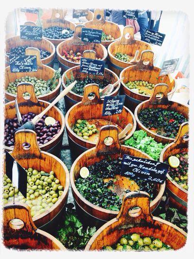 Der beste Markt in ganz Berlin Olives Marinade Fresh Food Lover Spring 2014
