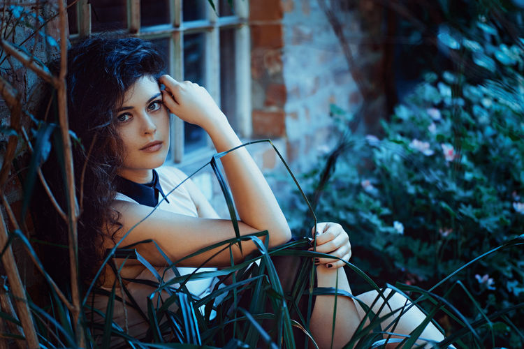 Midnight Beautiful Casual Clothing Chilling Contemplation Eyes Face Faces Of EyeEm Focus On Foreground Front View Glamour Leaning Leisure Activity Lifestyles Long Hair Monochrome Outdoors Person Portrait Pretty Shooting Sitting Smiling Window Young Adult Young Women