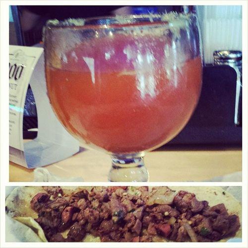 Tacos Discada y una Michelada fria! Si Senor!