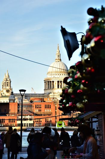 Christmas Market London Streets Christmas DecorationsTravel Destinations City Break Outdoors Christmastime London Lifestyle LONDON❤ Great Britain London Londononly Londonlife Scenics Londonphotography Londonthroughmycam London_only Thames River London's Buildings Architecture Close-up Stpauls Cathedral TateModern Blue Sky