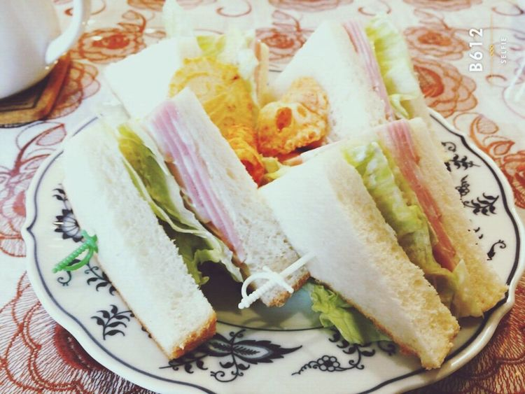 カモミールというお店に…! Taking Photos Enjoying Life Verynice Food Photography Sandwich