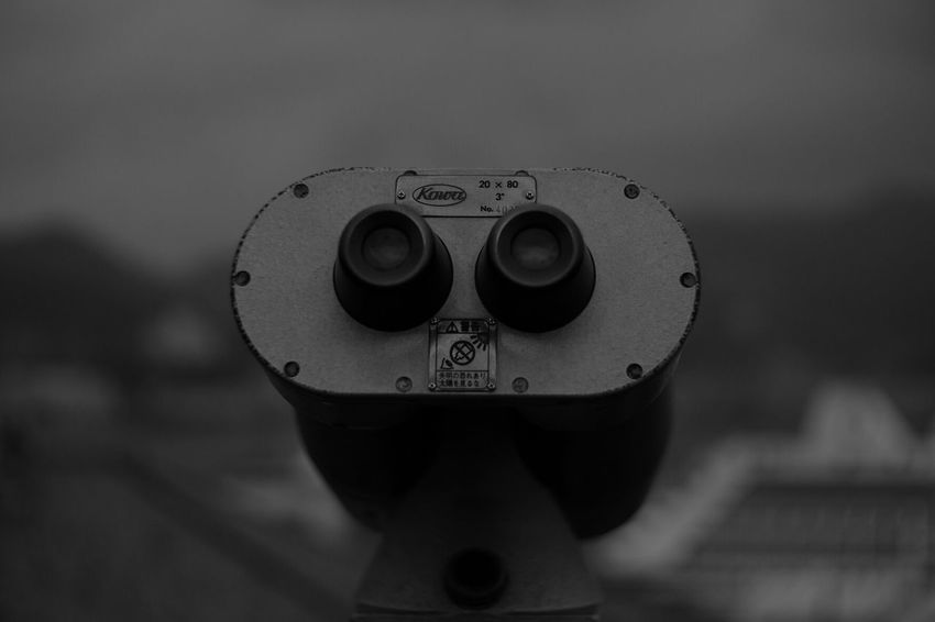 Looking Bokehlicious FUJIFILM X-T1 Fuji X-T1 Pancolar 50mm F2 Vintage Lenses Monochrome Black And White Photography Get Inspired Black And White Binoculars