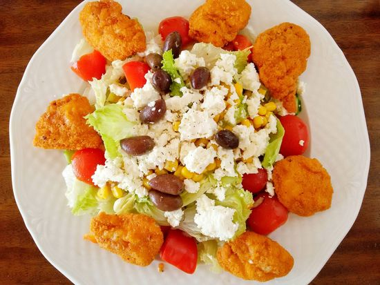 Greek Salad with checken wings🍴👍 Ready-to-eat Food Food And Drink Greece Greek Serving Size Crete Reisen Griechenland Griechisch Kreta Urlaub Salad Heraklion Table Chicken Wings Close-up Directly Above Tomatoes Sheep Cheese Meal Restaurant Enjoying Life No People