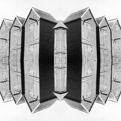 Symmetry Symmetryporn Symmetrybuff Abstracting_architects mirrorgram hastings fishing nethuts