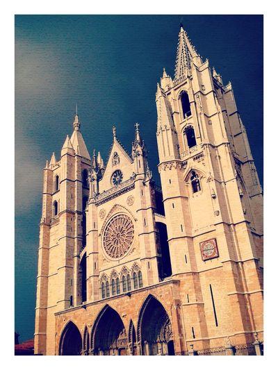 No hay cosa mas hermosa que la catedral de Leon Leon