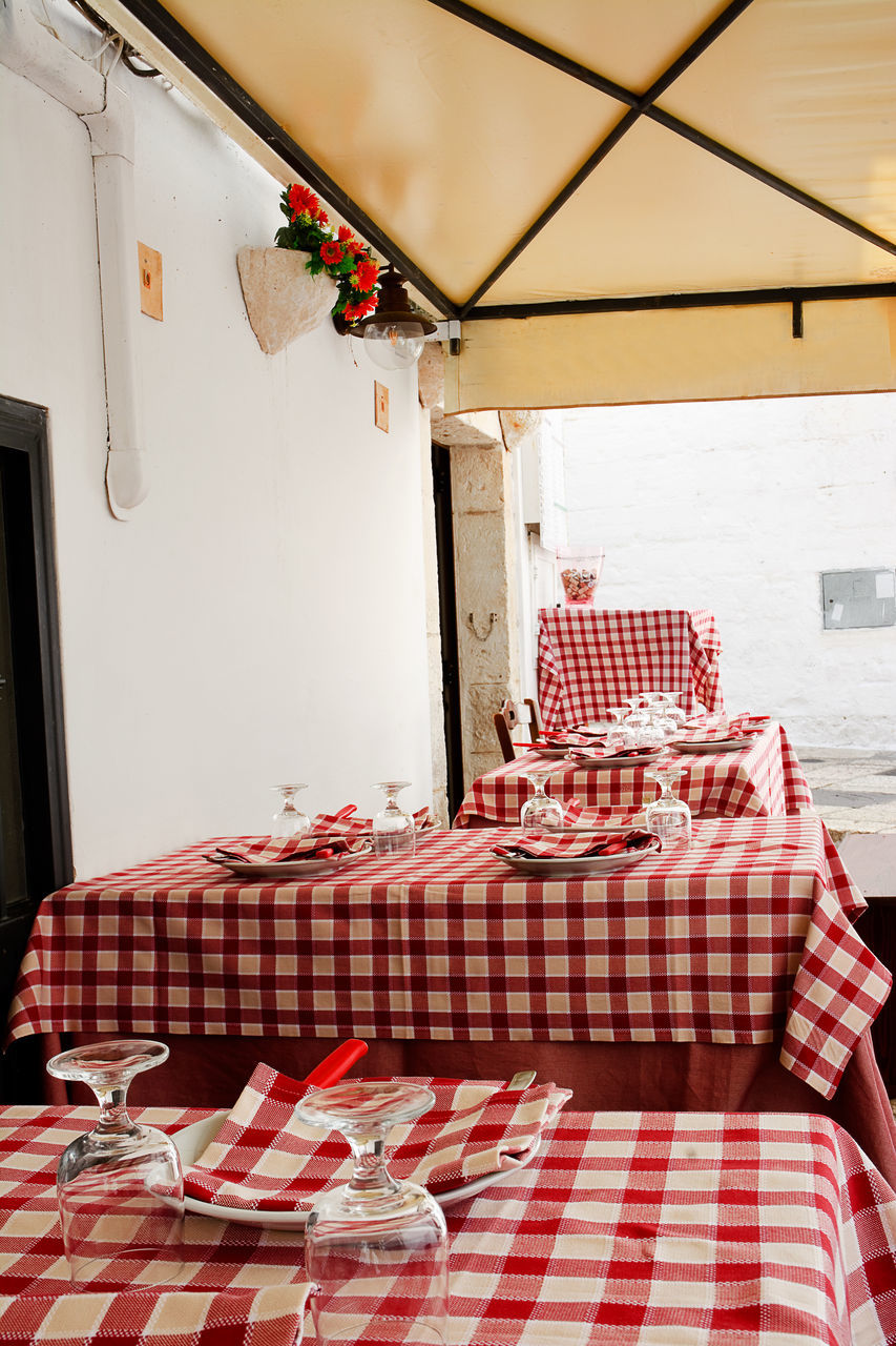 table, checked pattern, red, no people, tablecloth, home interior, indoors, chair, built structure, day, architecture