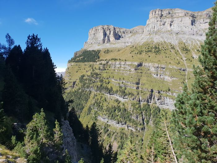 No Edit/no Filter Spanish Pyrenees Ordesa National Park Clear Blue Sky Hikingadventures Valley