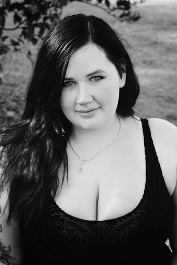 Decided that I really like this photo in black and white First Eyeem Photo Sgaustralia Blackandwhite Black And White Sghopeful SuicideGirls