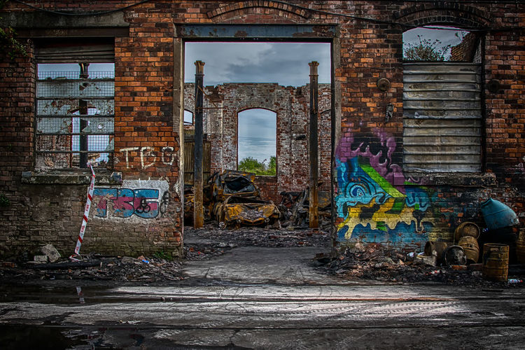 Be who you were created to be and you'll set the world on fire. The Street Photographer - 2017 EyeEm Awards No People Outdoors Abandoned Buildings Creative Shots Urban Exploration HDR Multi Colored Graffiti Urban Moody Fabric Colourful Burned Burned Car Fire Fire And Flames England🇬🇧 Great Britain United Kingdom Street Photography Architecture_collection Architecture Stock Cars Rusty