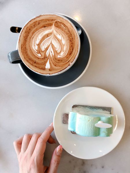 Teatime 😋 EyeEm Selects Human Hand Coffee - Drink Food And Drink Coffee Cup Drink Coffee Frothy Drink Personal Perspective