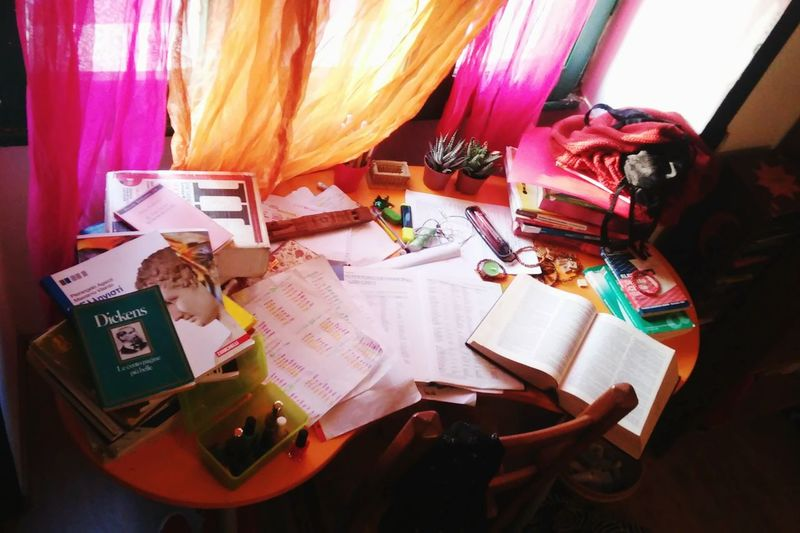 Desks From Above pt2 Studying Greek Che Confusione