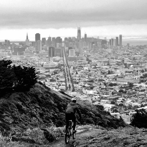 Twin peakin 👀 City Skyscraper Urban Skyline Cityscape Travel Destinations Architecture Day People Outdoors One Man Only Nature Blaclandwhite Eye4photography  Adults Only VSCO VSCO Cam Instagood EyeEm Gallery San Francisco Norcal Bicycle Cycling Twinpeaks Views Eyeemphotography
