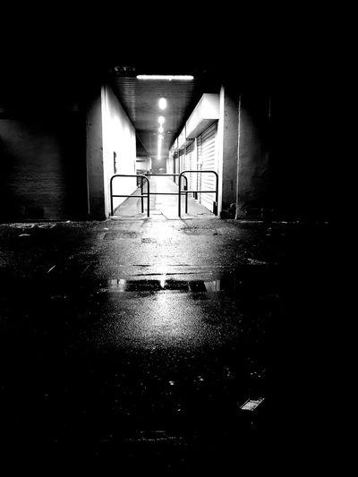 Wet illuminated tunnel