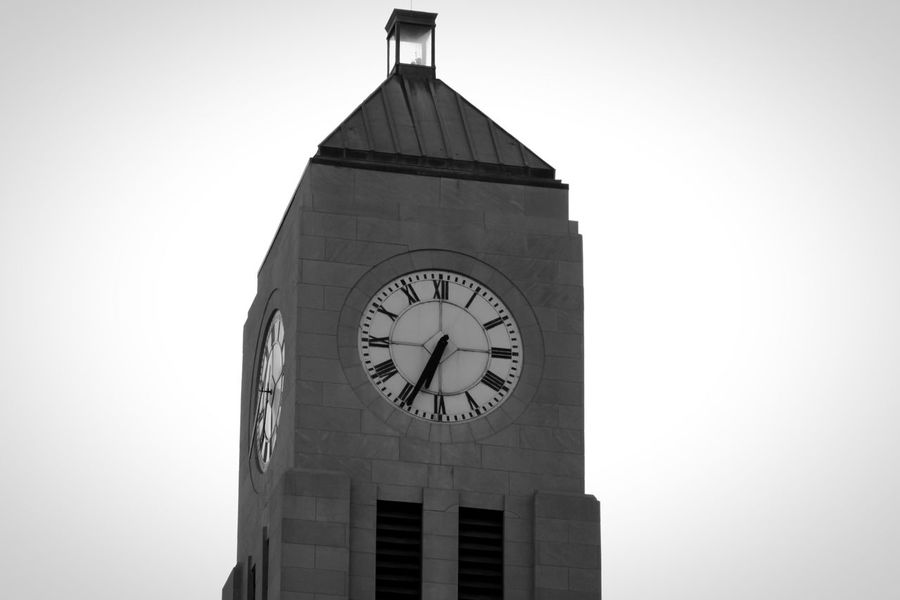 Clock Time No People Building Exterior Clock Face Architecture Built Structure Day Clock Tower Sky Outdoors Minute Hand City Hour Hand EyeEm Selects EyeEmNewHere