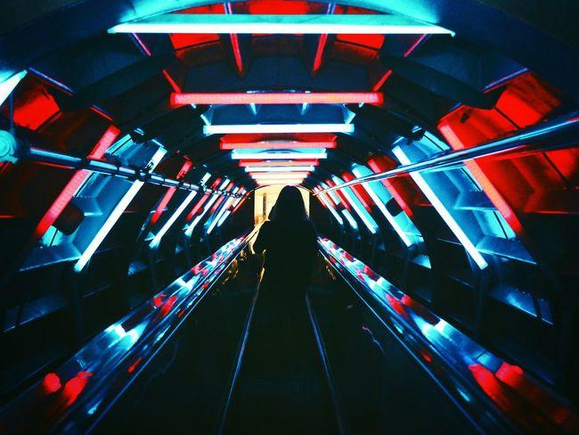 🔹🔽🔹Ligths!🔹🔼🔹 Atomium Belgium Atomium.Belgique. Brussels Bruxelles Belgium Belgique Traveling Light Lights Tunnel FPDT Multi Colored Neon Politics And Government